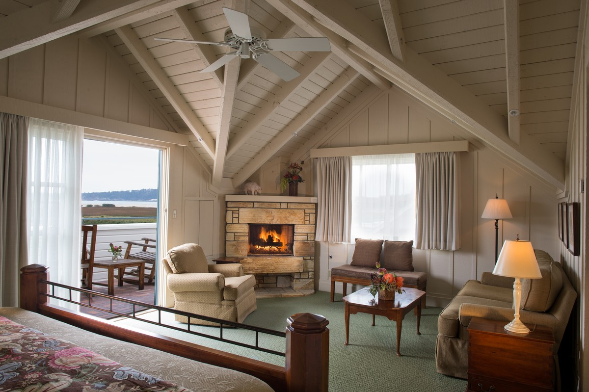Accommodations Our Rooms Mission Ranch Hotel And